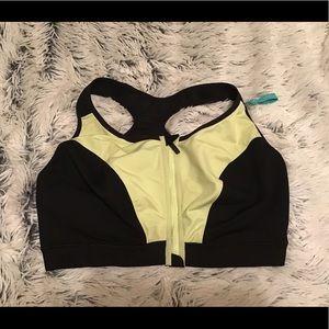 Livi Active black and green zip up sports bra